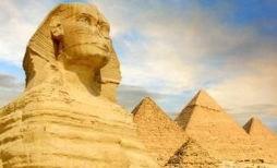 Le Sphinx et les pyramides au Caire en voyage en Égypte