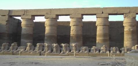 Temple de Louxor dans un voyage en Égypte