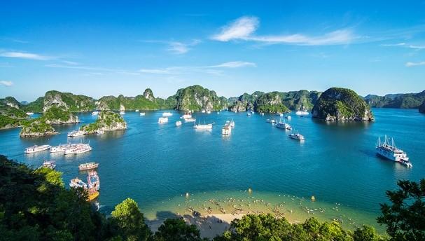 Baie d'Halong en voyage au Vietnam