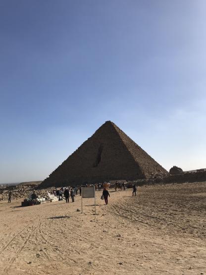 Pyramide de Mykérénos au Caire en voyage en Égypte