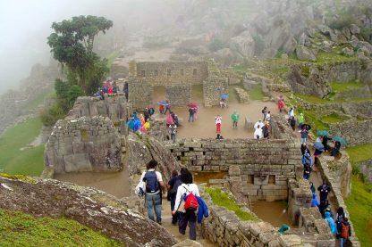 Randonnée dans les vestiges dans le programme d'immersion en espagnol à Cusco au Pérou