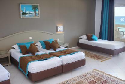 Chambre familiale à l'Hôtel Riadh Palms à Sousse en Tunisie