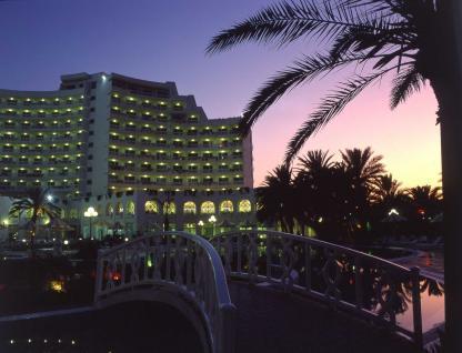 Hôtel Riadh Palms à Sousse en Tunisie la nuit