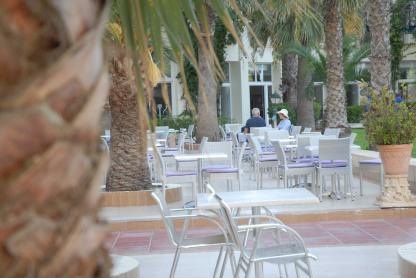 Terrasse à l'Hôtel Riadh Palms à Sousse en Tunisie