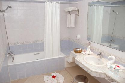 Toilette à l'Hôtel Riadh Palms à Sousse en Tunisie