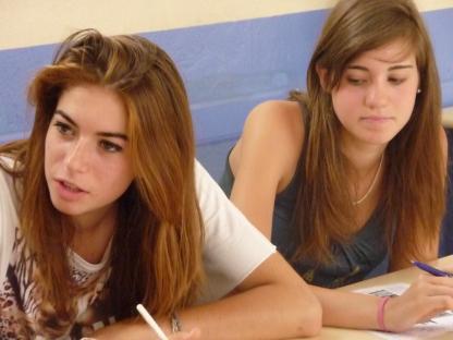 Étudiants en cours d'espagnol en camp de vacances à Barcelone en Espagne