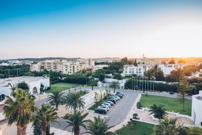 Vue de la ville à l'hôtel Iberostar Kantaoui Bay en Tunisie